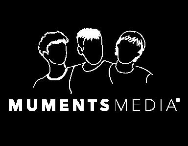 MUMENTS-MEDIA-LOGO-MONOCROMO-BLANCO--SIN-FONDO